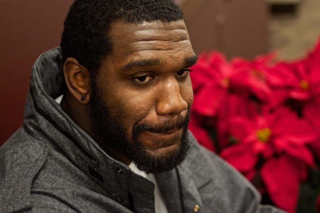 Most Embarrassing Pro-Athlete Phallic Fumbles-Greg Oden