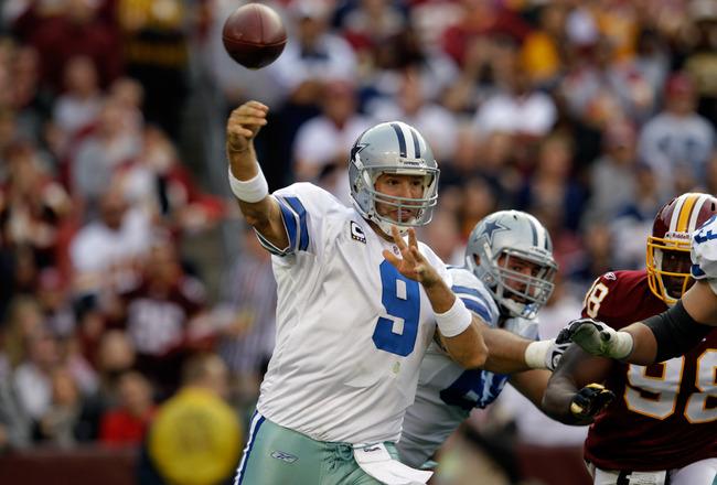 Tony Romo Throwing Vs Giants Dallas Cowboys 2013 NF...
