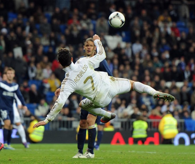 the gallery for gt ronaldo bicycle kick wallpaper
