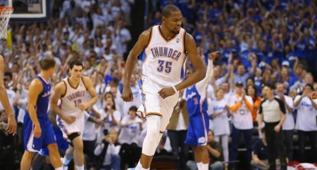 351216c07e21 Oklahoma City Thunder vs. Los Angeles Clippers – 2014 NBA Playoffs Round 2