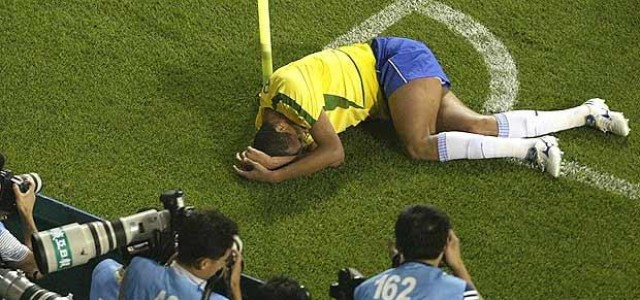 Worst Soccer Dives and Flops in World Cup History