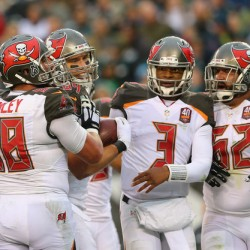 Tampa Bay Buccaneers vs. Indianapolis Colts Predictions, Odds, Picks and NFL Betting Preview – November 29, 2015