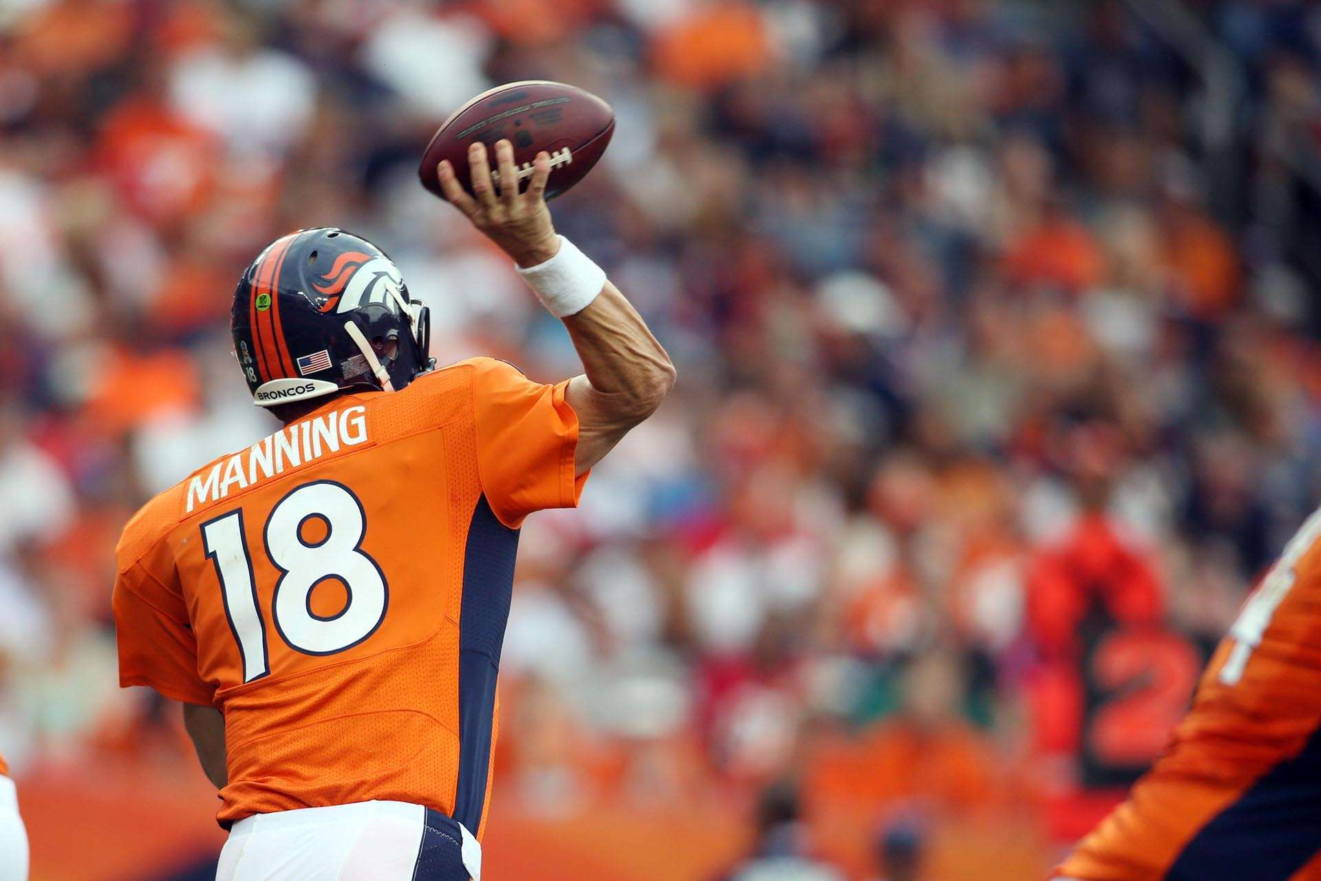 Peyton Manning Throwing Full Body