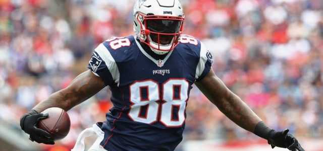 Martellus Bennett — Knee Injury — New England Patriots Odds Update